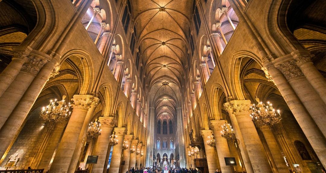 Notre Dame De Paris Une Bible De Pierre Festival Biblique